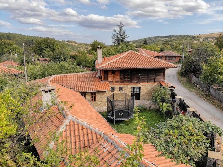 Cosy mountain village private rent-a-house Fiikova