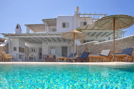 Modern Sea View Private Villa With Large Pool !