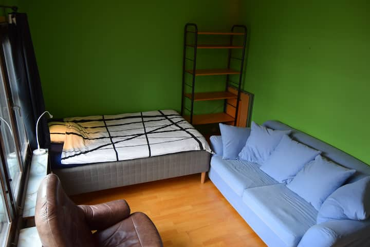 Nice room in Kista Centrum