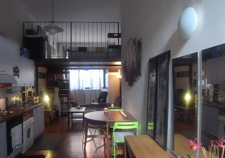 Piccolo loft vicino a Università Bocconi e IED