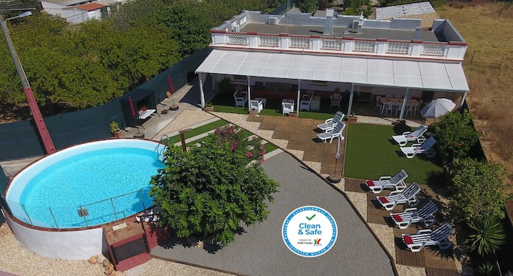 Villa Magaída, AC, piscina, jardim, junto à Ria