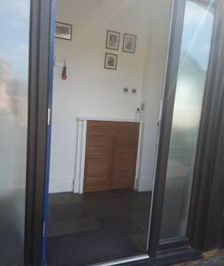 "32"" internal and external doors"