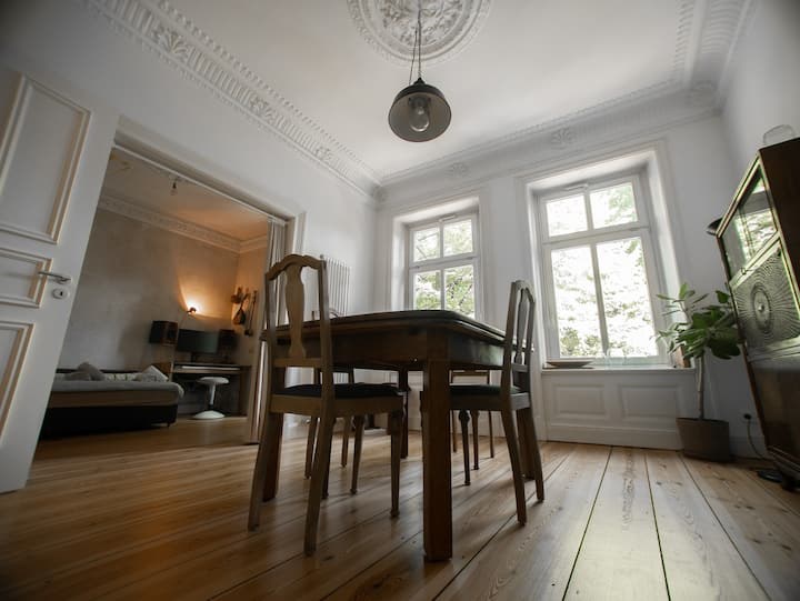 quiet flat in the city centre