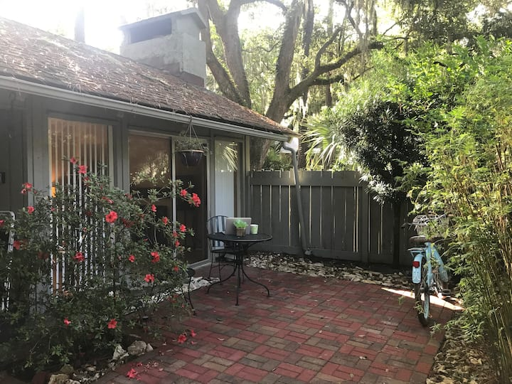 3 bed/2 bath home in Sea Pines, HHI