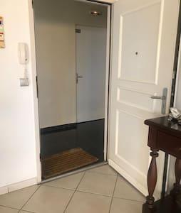 출입 시 계단 없음