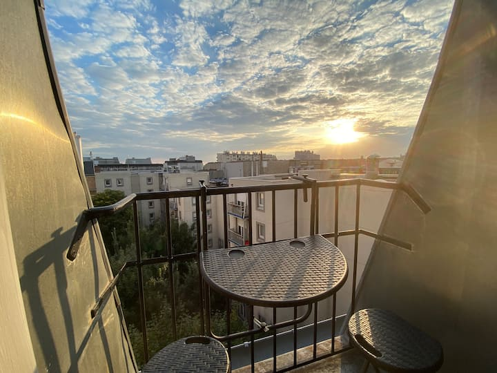 1 bedrooms 50sqm, view Canal St Martin and rooftop