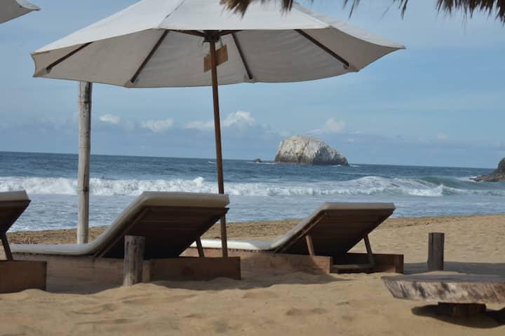 Zipolite beach accommodation