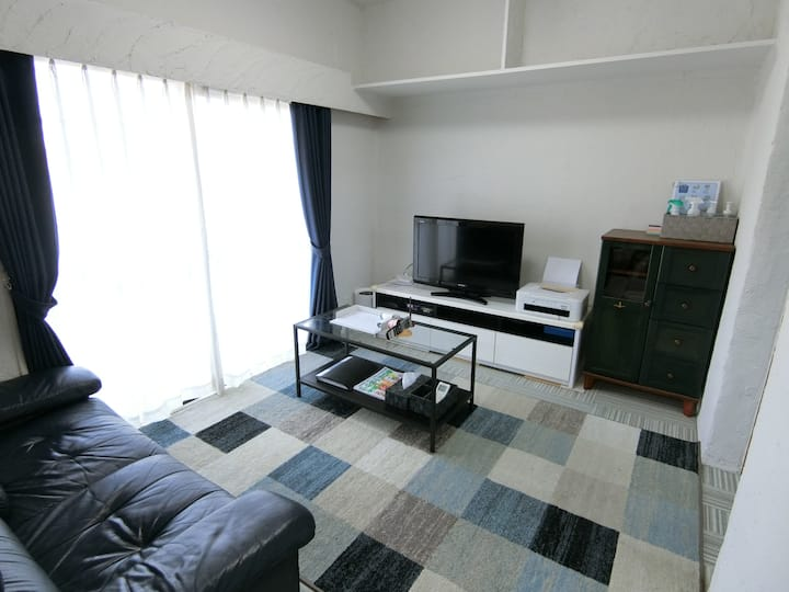 【Entire Home】Spacious Room 【Free parking & WiFi】