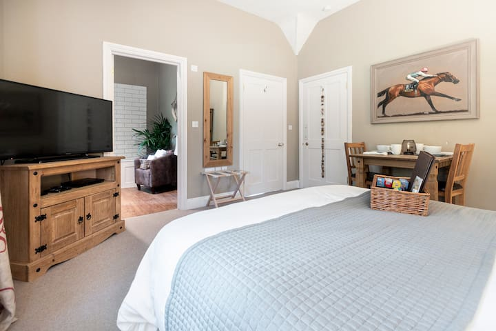 Stunning 1 bedroom apartment in the countryside