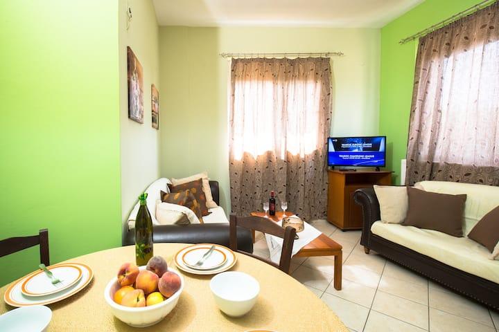 Niki's apartment 2