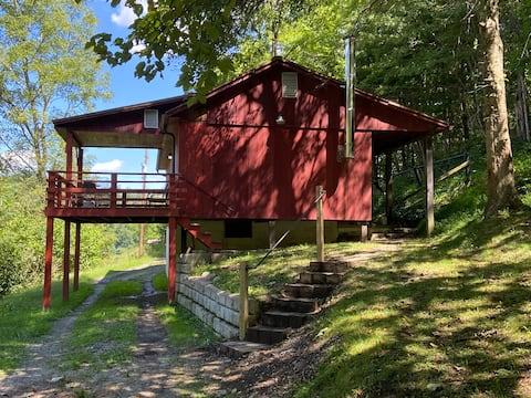 The Red Onion Cabin @ Cole's Greene Acres Farm