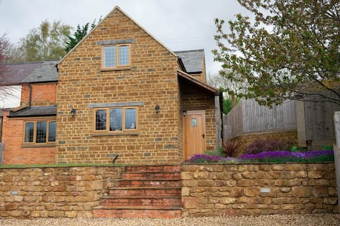 Forget-Me-Not Cottage