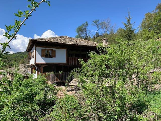 Q.pova house since 1860 / Кюпова къща от 1860 г.