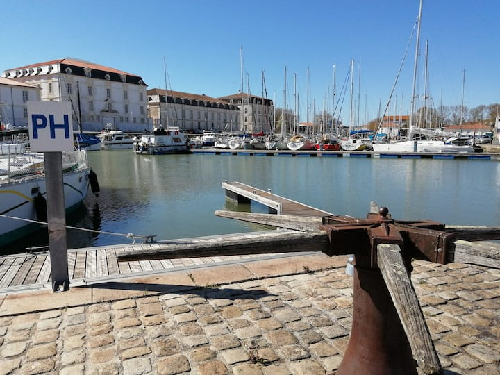 Studio 2**  port de plaisance