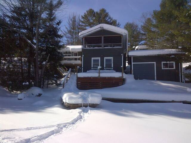 Muskoka Cottage-Six Mile Lake - Sleeps 17 people