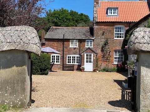 Stunning 4* Cottage nr Stonehenge, Avebury &Bath