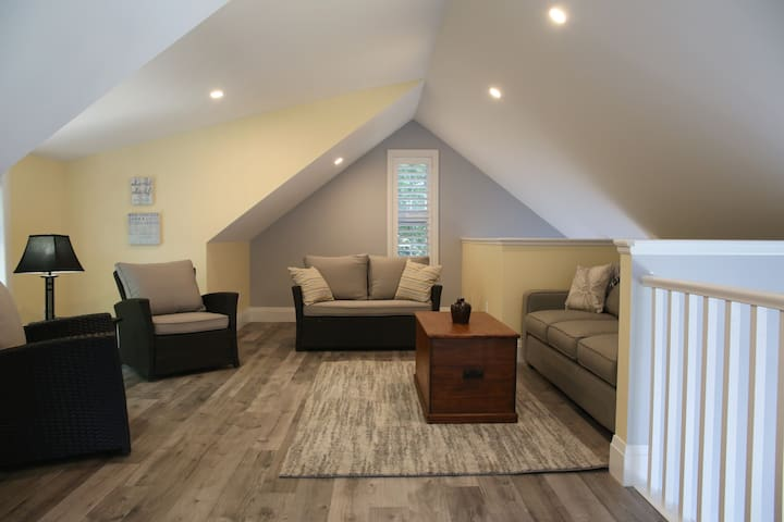 Upstairs Loft Area with Queen Pullout Sofa