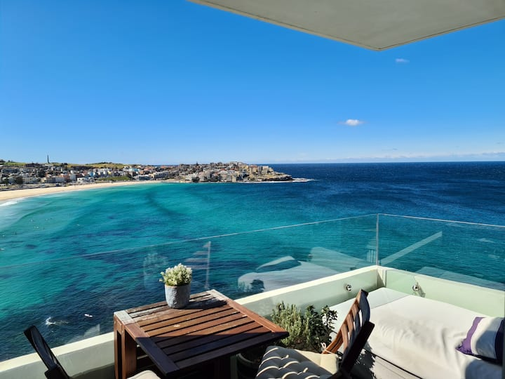 The best view in Bondi - Master Bedroom & Ensuite