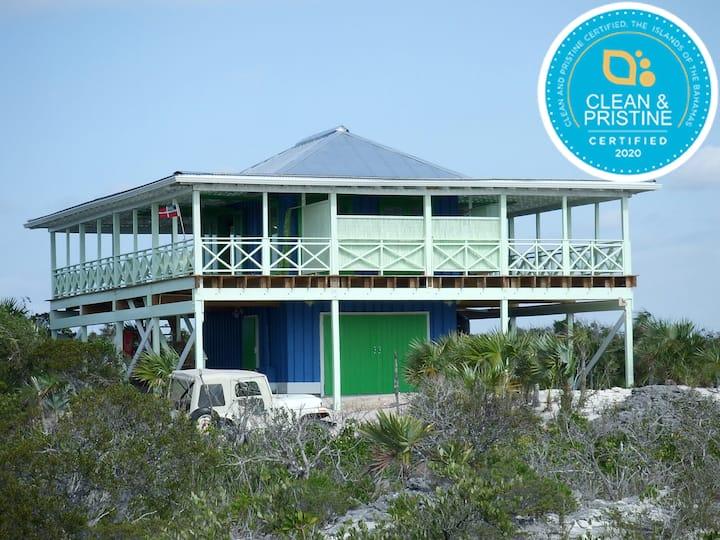 'The Boathouse'-Private Beachhouse on 3 1/4 acres