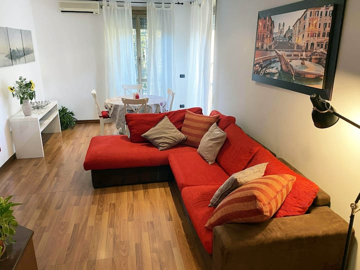Cozy apartment w/private parking, San Paolo area