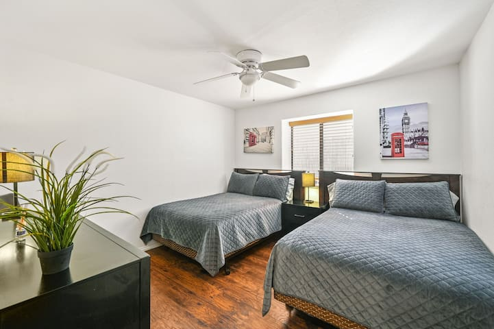 Bedroom #2 with 2 queen beds.
