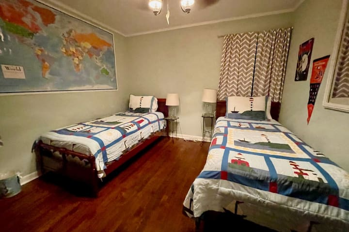 Second Bedroom with two comfortable twin beds. Drop a pin on the map to show where you are from!