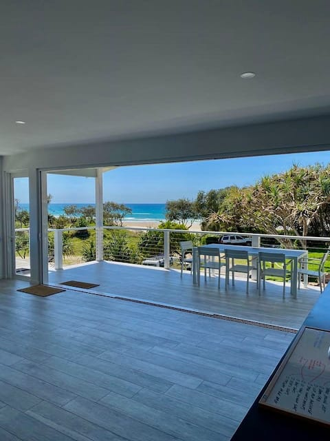 BRAND NEW LISTING: Hamptons Beach House at Teewah