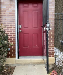 The unit entrance door is 36 inches wide.