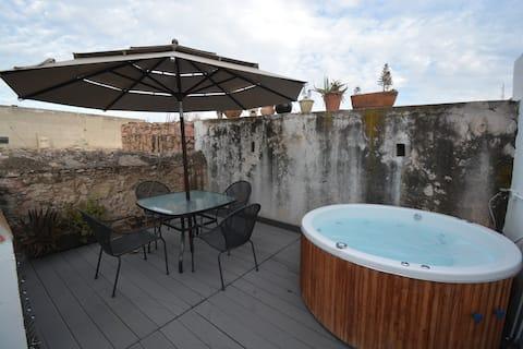 Acogedora Casa con Jacuzzi en Centro de Querétaro