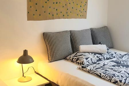 Top friendly cozy luxury room long terms available