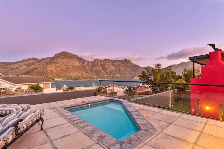 Spectacular Villa enhanced by Sea & Mountain views