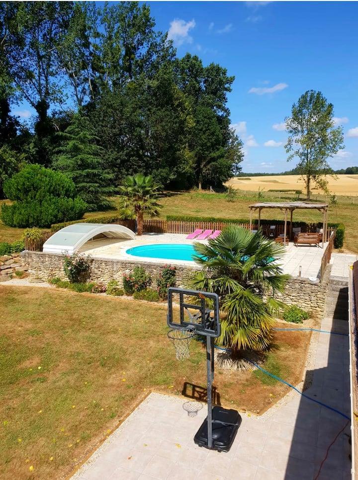 Le clos des Charmelines : Le family cottage
