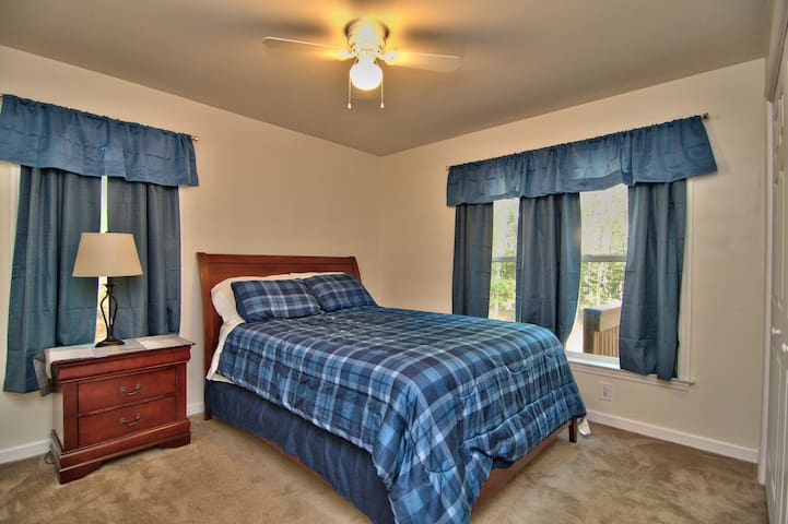 Main Level River Bedroom has blackout curtains