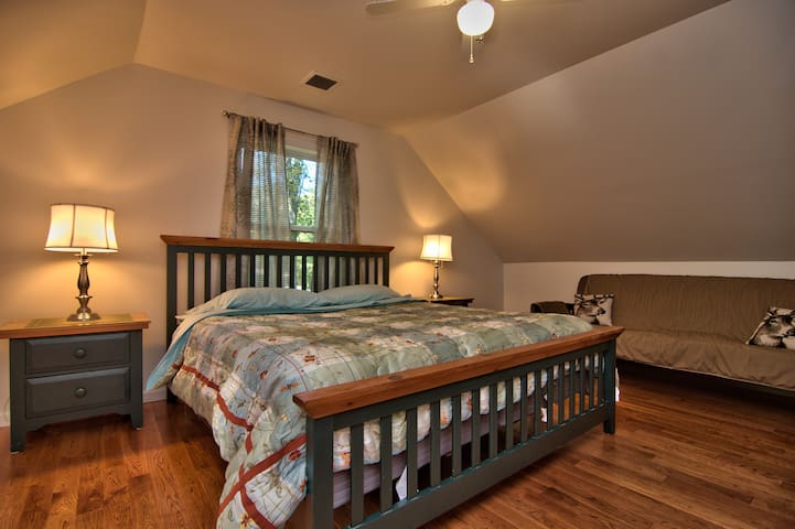 Upper Level King bedroom with full size futon