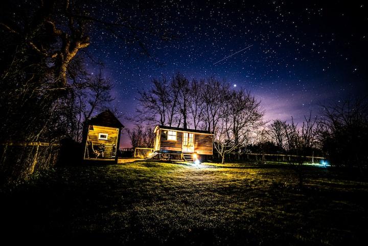 Romantic Shepherds Hut, beautiful location