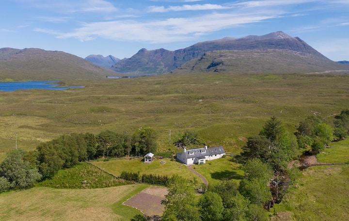 SHEPHERDS COTTAGE - Luxury home Scottish Highlands