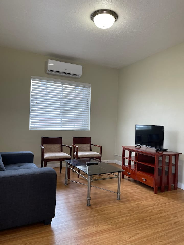 PRIME TUMON APARTMENT-3 BEDROOM +WASHER AND DRYER