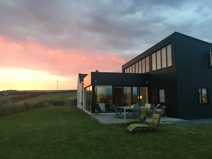Contemporary Luxury Cottage near Cliffs of Moher