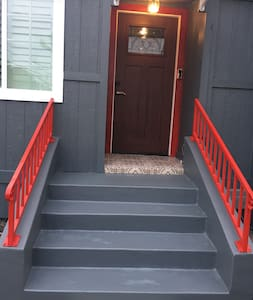 Lovely wide door entrance for easy access