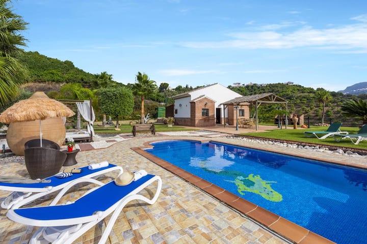 Amazing sights Villa Aperillo
