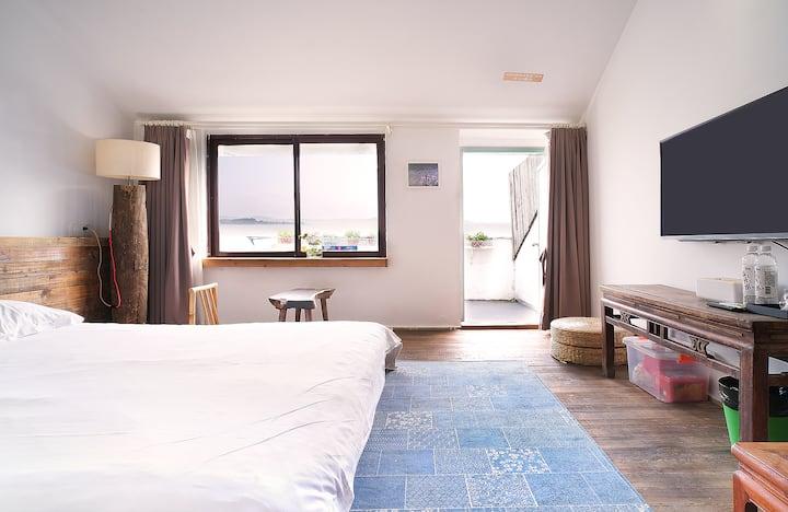 【荷畔】太湖西山岛石公山附近|太湖边180℃宽景露台大床房