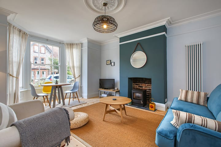 The Sands (Apartment 1) - Luxury 2 Bed
