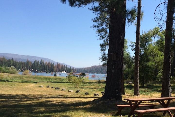 Yosemite Bass Lake Escape
