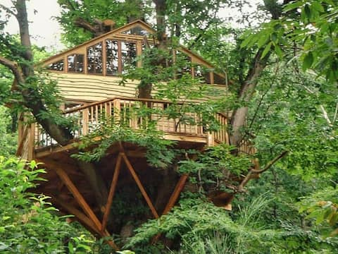 Dom na strome, plne vybavené
