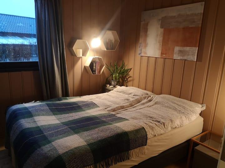 Rom for 2 (3)pers i privat hjem nær Oslo/Tusenfryd