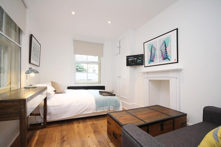 Slick Soho Apartment - Shaftesbury Av & Piccadilly