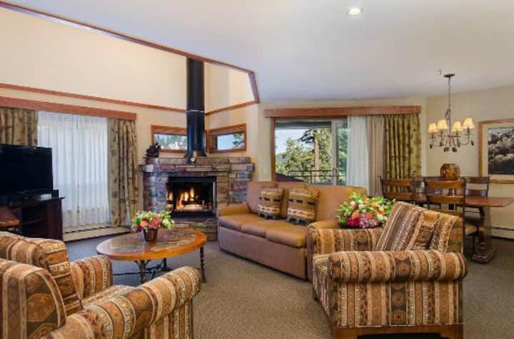 TAHOE RESORT 2BD/2BA NEW YRS WEEK 12/26-1/2/21