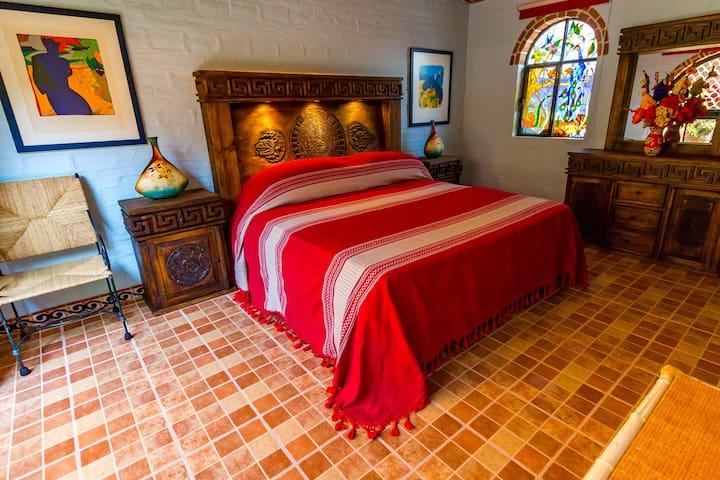 Bedroom, king mattress.