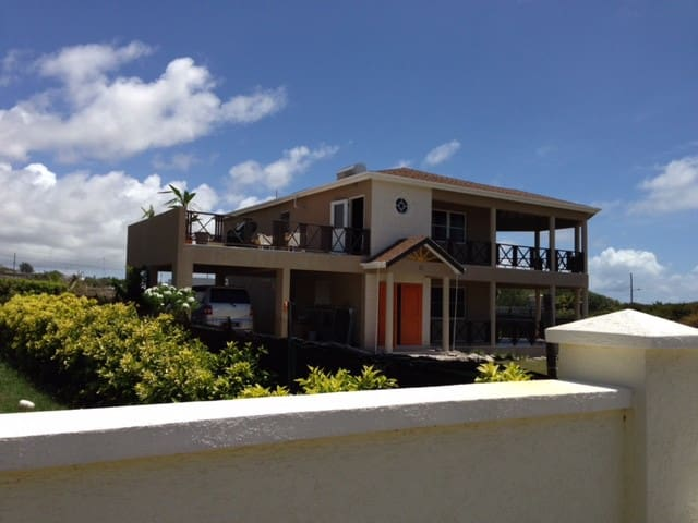SUNCATCHER Beach House, Long Beach, Barbados