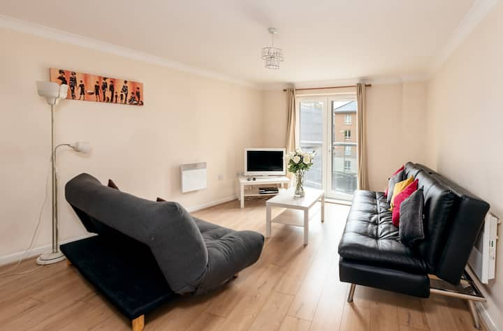 Abodebed Apartment 3 Executive 2 bed/2 bath